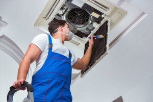 Does air conditioning improve air quality?